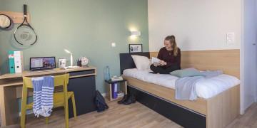 Photo Studioavec terrasse de 18 m² meublé et équipé n° 2