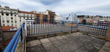 Photo Studio avec balcon de 18 à 20m² meublé et équipé n° 3