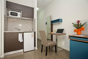 Photo Beautiful furnished apartment almost new, student residence Tours n° 2