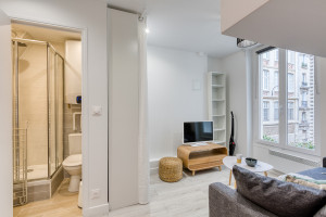 Magnifique studio refait à neuf par architecte - Métro Pyrénées