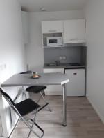 Photo Studio de 22m² meublé et équipé RDC n° 3