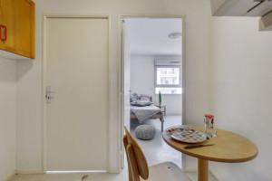 Photo 112 studios équipés 104 logements doubles équipés (possibilité de colocation) n° 1