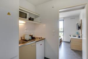 Photo Studios meublés de 18m² à 26m² - Résidence Logifac Cerdana - Toulouse n° 1