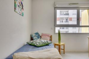 Photo 112 studios équipés 104 logements doubles équipés (possibilité de colocation) n° 3