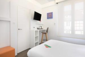 Photo Chambre double de 14m² meublé n° 23