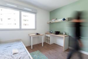 Photo Studio de 18 à 19m² meublé et équipé n° 5