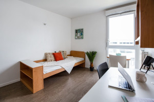 Photo 168 studios équipés de 19 m² à  23 m², 80 logements doubles équipés permettant la colocation et 1 F3 de 60 m². n° 12
