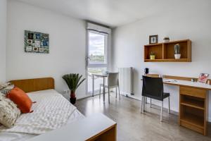 Photo 168 studios équipés de 19 m² à  23 m², 80 logements doubles équipés permettant la colocation et 1 F3 de 60 m². n° 3