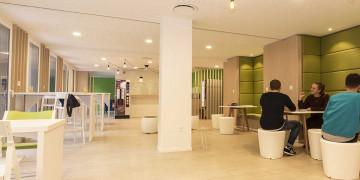 Photo Studioavec terrasse de 18 m² meublé et équipé n° 11