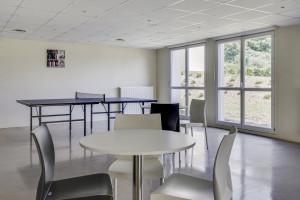 Photo 168 studios équipés de 19 m² à  23 m², 80 logements doubles équipés permettant la colocation et 1 F3 de 60 m². n° 8