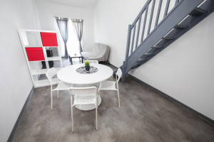 Photo Studio de 18 à 20m² meublé et équipé n° 10