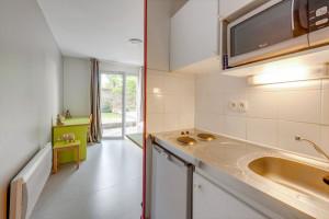 Photo 66 studios de 17m²  à 27m²  meublés / équipés. n° 4