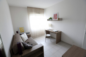 Photo T2 de 46m² meublé et équipé n° 1
