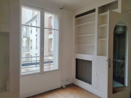 JOLI STUDIO de 19 m2 - rue Fauvet 75018 Paris