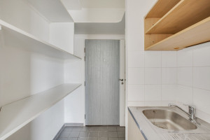 Photo 200 studios meublés de 18m²  à 21m²  et 1 T2 meublé. n° 8