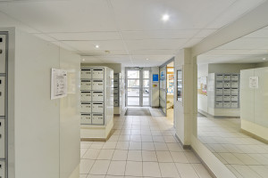 Photo 167 studios meublés de 17m²  à 23m². n° 3