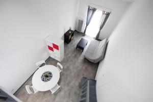 Photo Studio de 18 à 20m² meublé et équipé n° 2