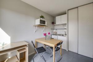 Photo Studio de 19m² à partir de 280€ par mois (dont 23.86€ de charges locatives) n° 3
