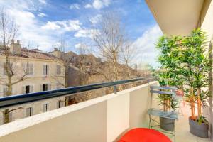 Honoraires de location offert - Colocation - Magnifique T5 meublé de 82 m² - Saint Charles