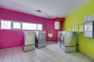 Photo 112 studios équipés 104 logements doubles équipés (possibilité de colocation) n° 8