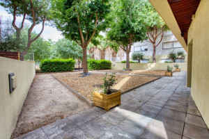 Photo T1 bis furnished 33m² in a student residence in Nîmes n° 17