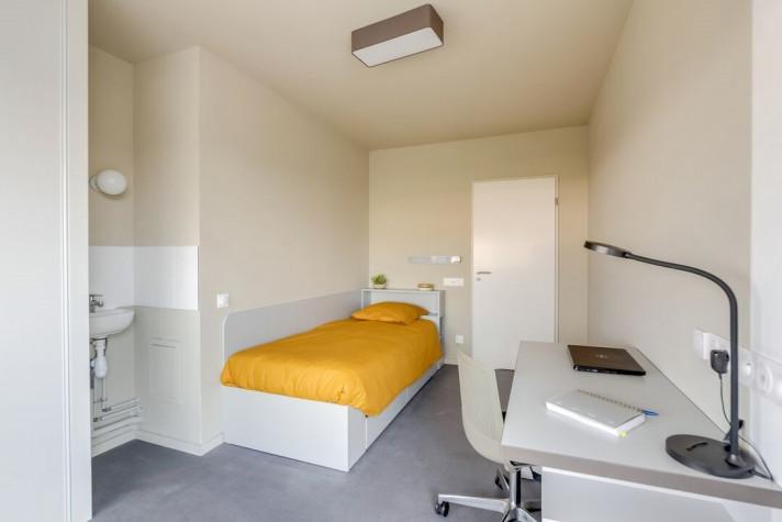 THE ROOMATE : Colocation 2 pers. dans T3 de 46 à 59m² meublé et équipé (tarif par chambre) photo n° 1