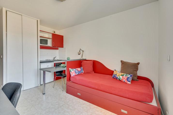 Studio de 18 à 37m² meublés et équipés photo n° 1