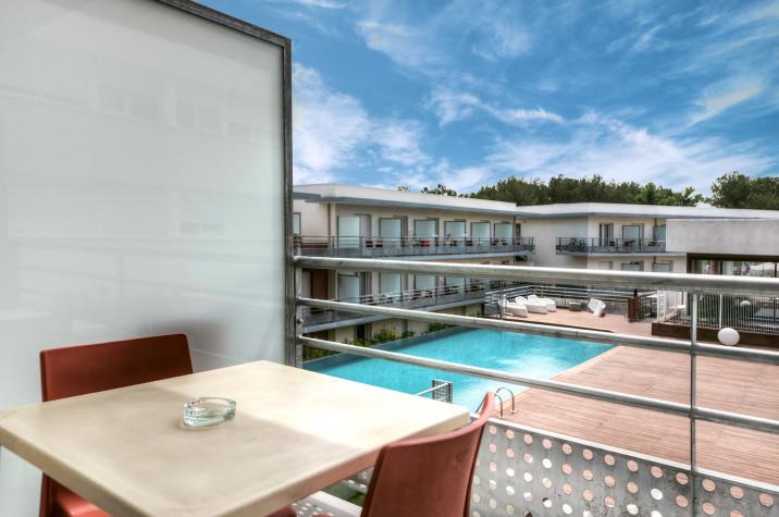 Studio de 20m² étage avec grand balcon (10m2) photo n° 2