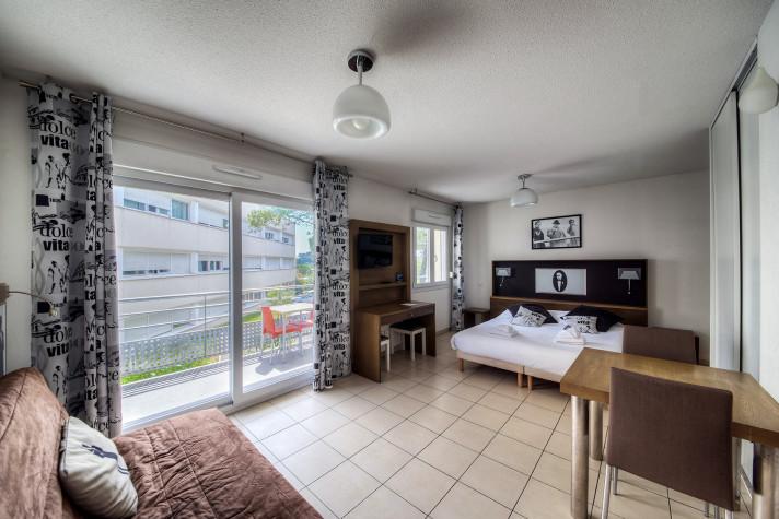 Studio de 20m² étage avec grand balcon (10m2) photo n° 3